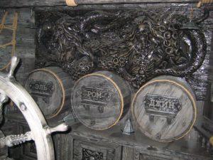 Бочки из дерева в интерьере