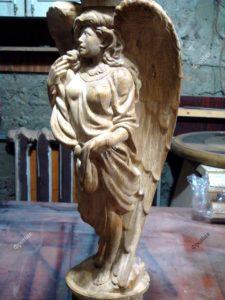 Деревянная женщина