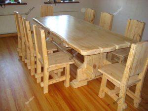Обеденный стол на кухню для всей семьи