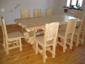 Стол под классику на кухню