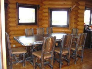 Стол и стулья на кухню под старину