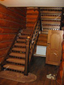Лестница из массива дерева на заказ 2
