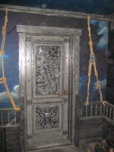 Дверь в стиле ванитиас