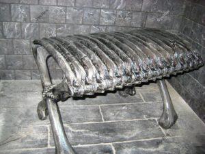 Столик из костей ребра серый