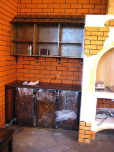 Кухонный гарнитур с резьбой по дереву