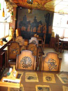 Столы и стулья в стиле дикий запад