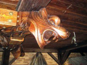 Деревянная голова пса