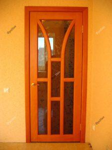 Двери на заказ в Тюмени из сосны
