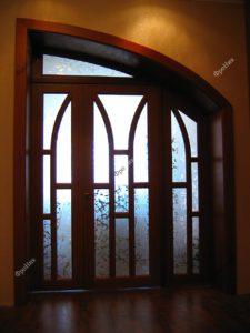 Дверь с неровным проемом на заказ