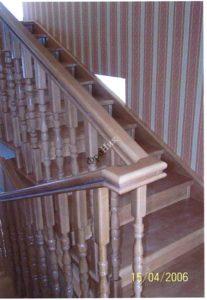 Лестничный марш деревянной лестницы