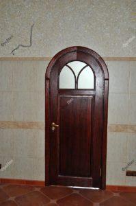 Двери из красного дерева на заказ Тюмень
