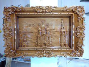 Деревянная картина храм