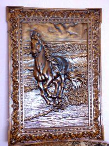 Картина лошадь бежит