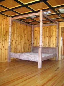 Кессонный потолок в спальне