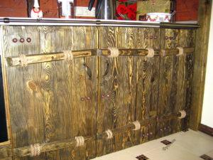 Дверцы кухонного шкафа под старину