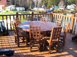 Стол и стулья для террасы